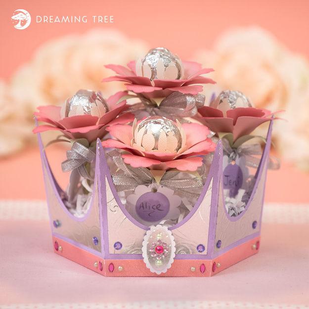 Picture of Lollipop Favors Crown SVG