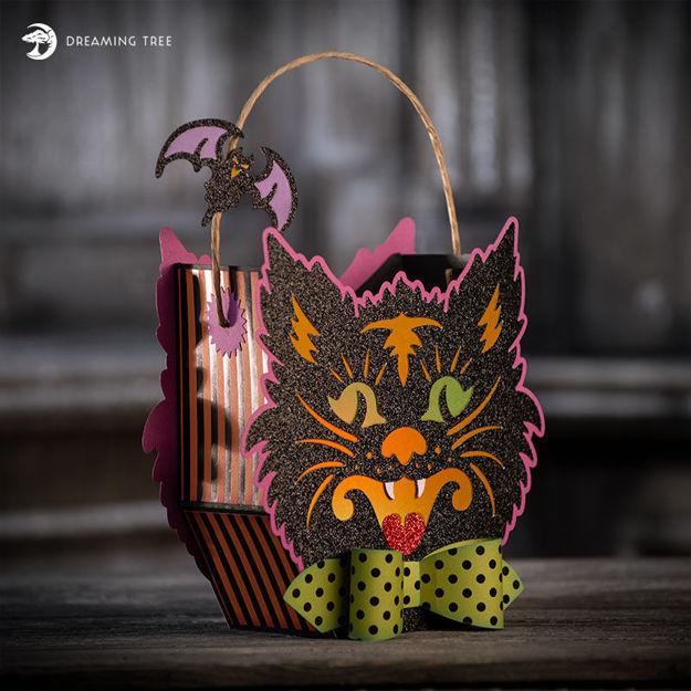 Picture of Scaredy Cat Lantern Treat Basket SVG