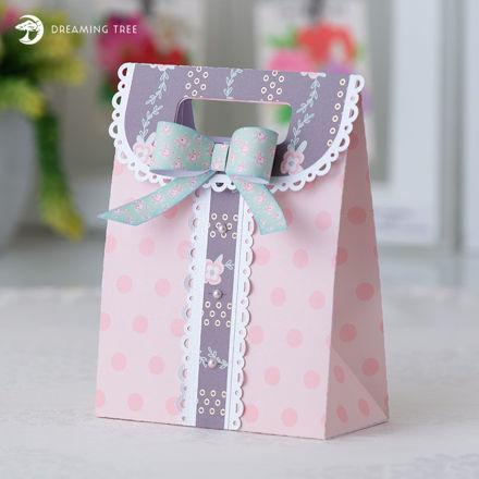 Dainty Gift Bag SVG