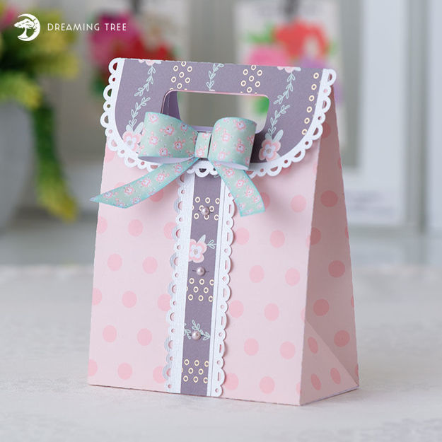 Picture of Dainty Gift Bag SVG