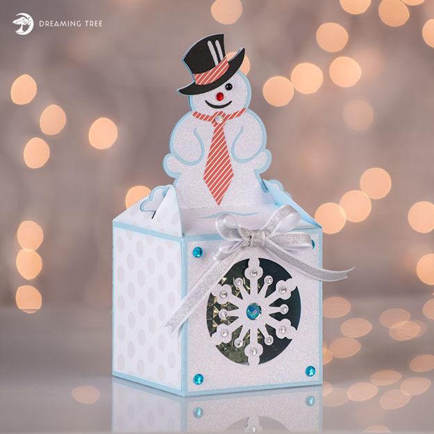 Picture of Snowman Ornament Box SVG
