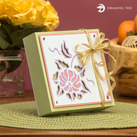 Picture of Floral Gift Box SVG