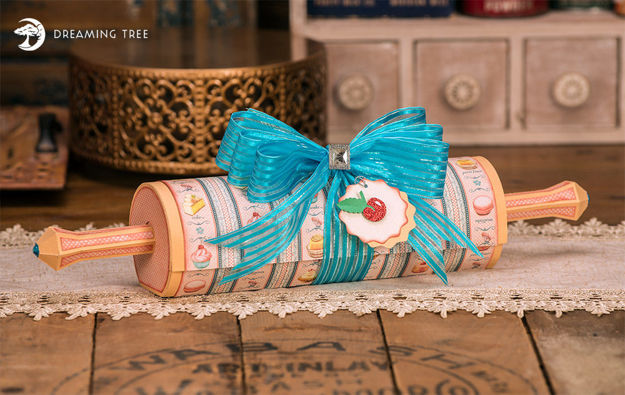 Picture of Rolling Pin Cookie Box SVG