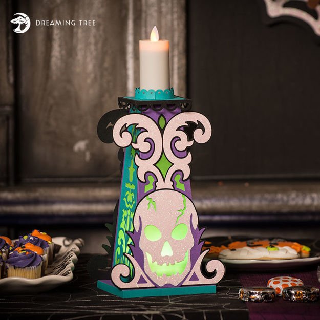 Picture of Skull Candle Holder SVG