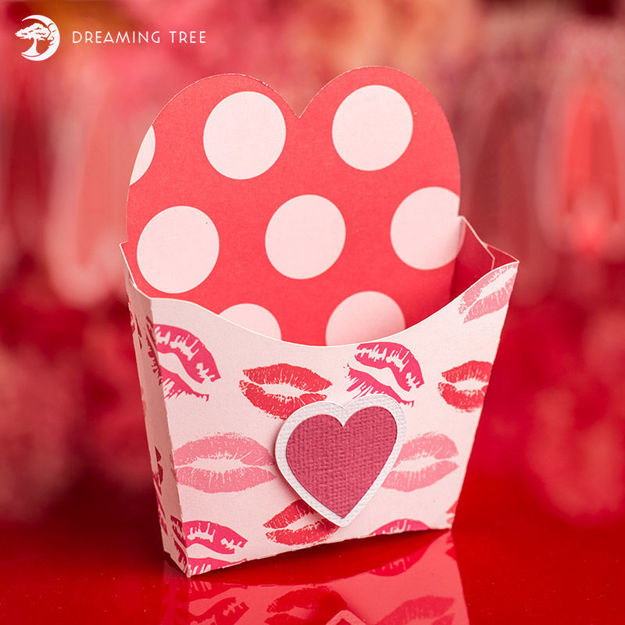 Heart Treat Box (Free SVG)